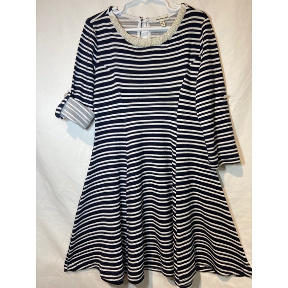 Monteau Other - Montesinos girl white and navy blue stripe dress